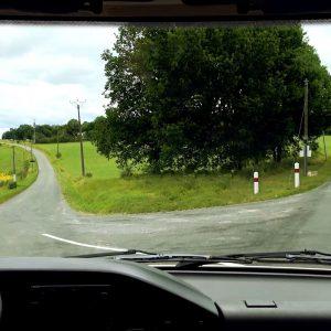 Route-tourneAgauche_sans-panneau